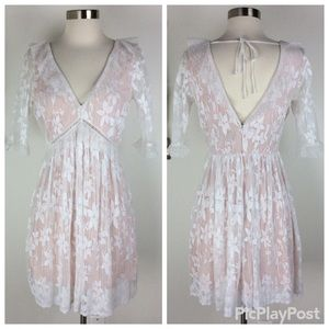 Topshop Stunning Floral Lace Stylish Dress Size 4